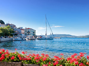 Sailboats in Croatia - charter and sale of sailing yachts